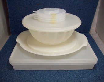 Vintage White Tupperware Jel-N-Serve Jello Mold & Snack Keeper Storage Container