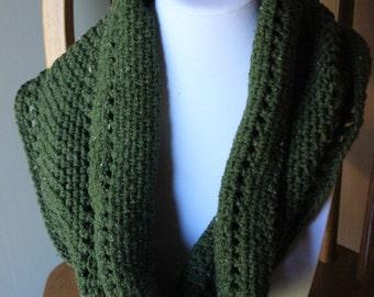 Green Heather Infinity Cowl