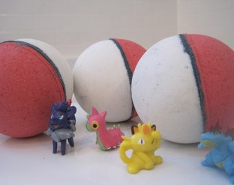 POKEBOMS - Bath bombs with Pokemon figure inside