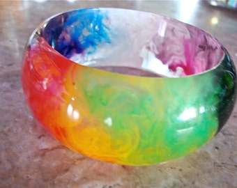 END of DAY MULTICOLOR Thick Domed Marbled Clear and Translucent Rainbow Spectrum Liquid Swirls Handmade Resin Plastic Bangle Bracelet