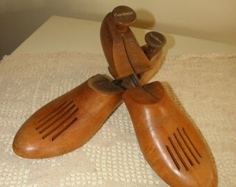 Antique Solid Wood Shoe Trees, Florsheim Shoe Co. Made in USA, mens sz 8