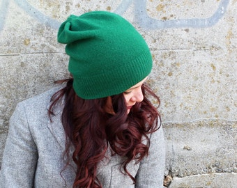 Merino hat in emerald green, beanie- women's hat, knit hat, present for her