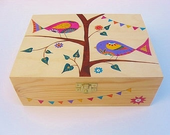 Wooden jewelley box, Hand painted sewing Box, Trinket box, Keepsake Box, Jewellery box with 6 internal compartments - Folk Birds Design