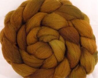 Shetland hand dyed top -Old Gold  (5 oz. ) Shetland
