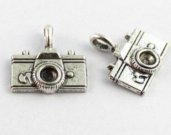 Camera Charms, 6 pcs. Double Sided, Antique Silver Tone, 22 x 21 mm - ts1062
