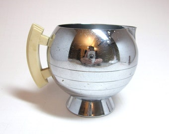 Art Deco Bakelite & Chrome Coffee or Tea Creamer