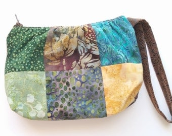 """Purse Wristlet, Colorful """" Grab and Go"""" Patchwork Handcrafted Wristlet Purse"""