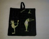 9 X 8 Yoga Frogs, Green, Black, Grey, Relax, Stretch, Pot Holder, Hot Pad, Oven Mitt, Insulated, Quilted, Pocket, Kitchen