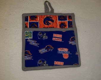 9 X 8 BSU, Boise State University. Pot Holder, Hot Pad, Oven Mitt, Insulated, Quilted, Pocket, Kitchen, GREY TRIM
