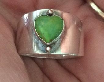 DTR Jay King Desert Rose Trading Sterling Silver Green Heart Stone Ring