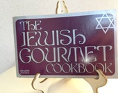 Vintage 1971 paperback The Jewish Gourmet Cookbook page 165