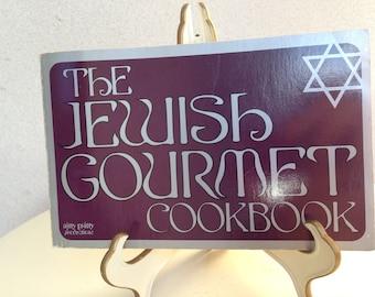 Vintage 1971 paperback The Jewish Gourmet Cookbook page 165