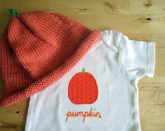 CLEARANCE: PUMPKIN Gift SET - Bodysuit / Onesie and Hat - Short Sleeve, Two Piece, Baby Girl or Boy  - Size 18 M