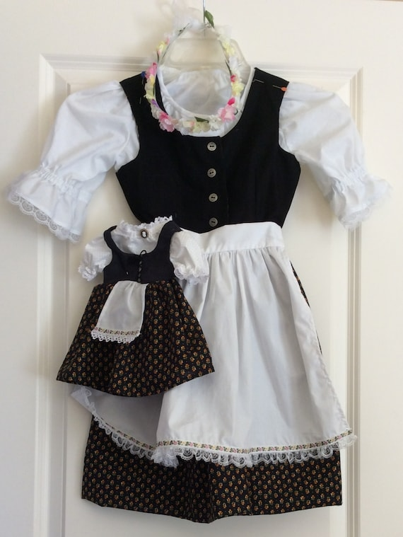 Authentic Handmade German Dirndl for little girls Size 7/8 includes matching outfit for 18