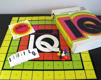 IQ by Reiss, 1974, Vintage Board Game, Vintage Vocabulary Quiz, Climb the Intelligence Ladder, Game Night, SAT Prep