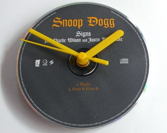 "SNOOP DOGG CD Clock, ""Signs"", Recycled music cd single, Gift for, men, women, guys, rap, hip hop, fans, grey and yellow, modern retro gift"