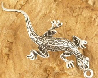 Gecko Lizard Charm Pendant, Antiqued Silver (1) -