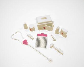 10pc. Barbie Doctor Set~barbie toy accessories