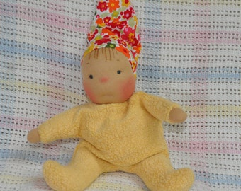 """Fretta's original Waldorf Style Weighted Baby. 9"""" / 23 cm soft sculpture Cloth Doll. Baby's First Doll. Child Friendly Baby Doll."""