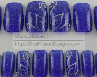 Crystal Violet Vines and Leaves Instant Acrylic Nail Set