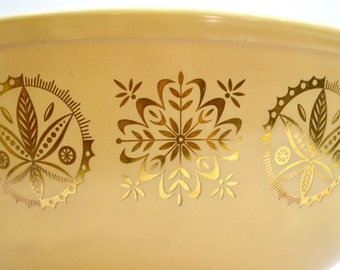 Tan Gold Pyrex Hex Signs Promotional Large 404 Mixing Bowl