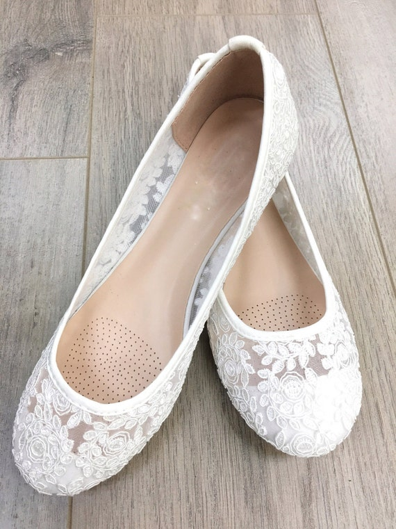 Overstock uses cookies to ensure you get the best experience on our site. If you continue on our site, you consent to the use of such cookies. Learn more. OK White Women's Flats. Clothing & Shoes / Shoes / Me Too Womens Livia Leather Ballet Flat Shoes, White Nappa. Quick View.