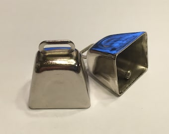 2 small silver metal cow bells, 19 x 25 mm (A11/1)