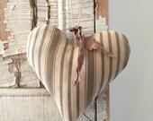 Antique Ticking Heart ~Brown