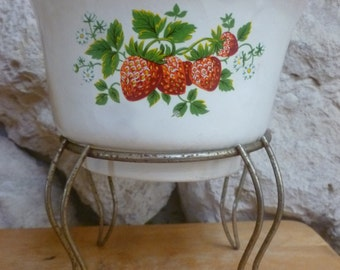 Haeger Pottery 3833 Planter Bowl Strawberry design with wire stand