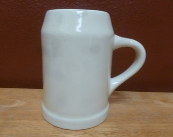 Hall heavy beer stein mug 590 mold