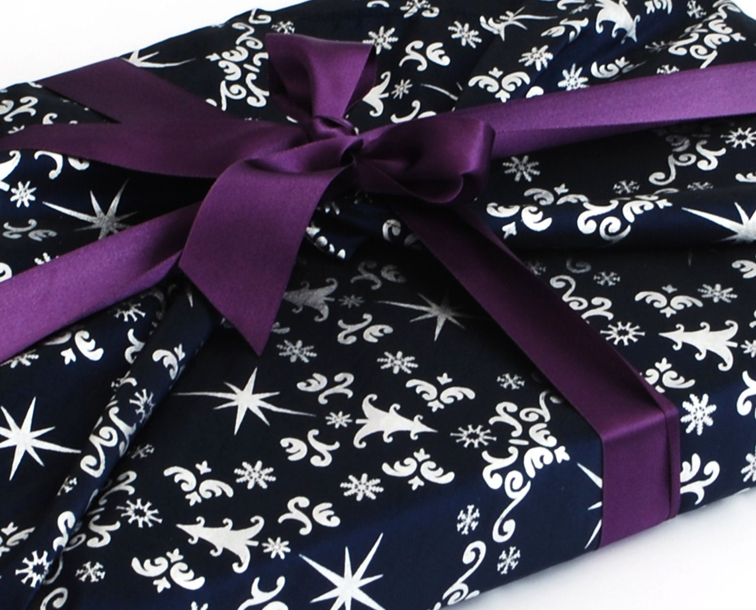 Luxury Reusable Gift Wrapping For Christmas Happywrap In Navy
