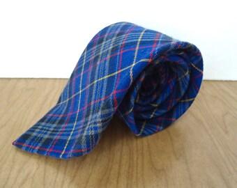Vintage Preppy Plaid Necktie / 1990s Gap blue red yellow pattern necktie