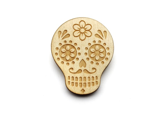 Calavera brooch - mexican jewelry - ethnic - skull - lasercut maple wood jewellery - lasercut graphic jewelry