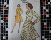 vintage 1970s Very Easy Vogue sewing pattern 8827 misses one piece dress size 16
