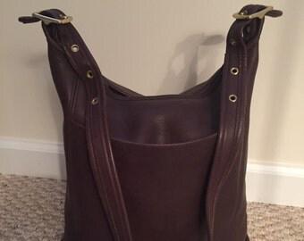 Beautiful chicolate brown Coach bucket bag