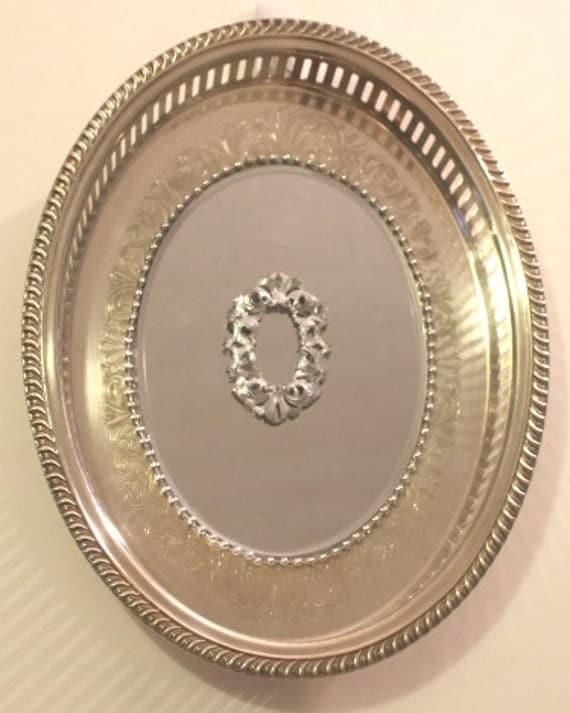 Oval Fancy Open Weave  Silverplated  Mirrored Tray/ Wall Decor