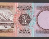 Bahrain...Half  Dinar banknote 1973 Gem Uncirculated. Pick #7