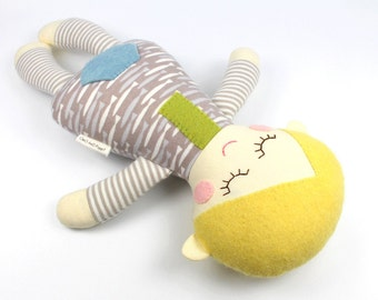 Organic Baby Doll -- 100% Organic Rag Doll -- Organic Toy -- Sammy Organic Doll --Plant Dyed Organic Felt and Jersey Exterior -- Baby Shower