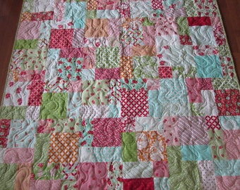 Hello Darling Couch/Lap  Quilt