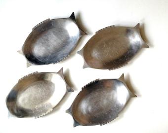 Vintage Fish Plates : Metal / Platters