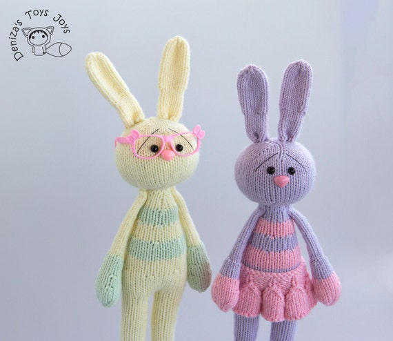 Knitting Toys In The Round : Couple of bunnies stripy series toys pdf knitting