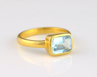 Blue Topaz Ring, mothers Day gift for women, Rectangle Ring, Gemstone Ring, Stackable Ring, Gold Ring for her bezel Ring December Birthstone