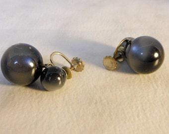 Vintage RICHE LIEU Screw Back Luminescent Black Earrings   Designer Marked