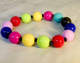 Vintage Bubble Gum Stretch Bracelet    Medium to Large Size