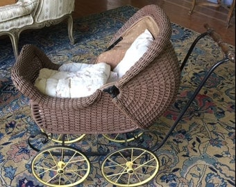 ANTIQUE CARRIAGE for Baby Doll