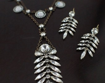 Dovey Crystal Drop Necklace