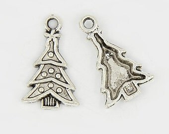 5 Pieces Antique Silver Christmas Tree Charms 14mm x 23mm