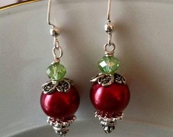Christmas Earrings, holiday earrings, red earrings, holiday jewelry