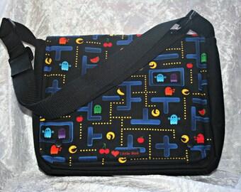 Pacman messenger bag, gaming, geek, retro,goth