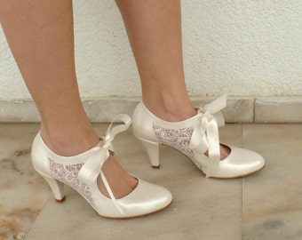 "Wedding Shoes - Bridal Shoes with Ivory Lace and Satin Ribbons, 3 1/2""Heels"